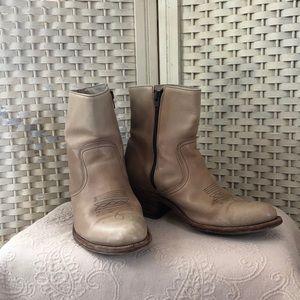 Vintage Frye Cream Short Cowboy Boots